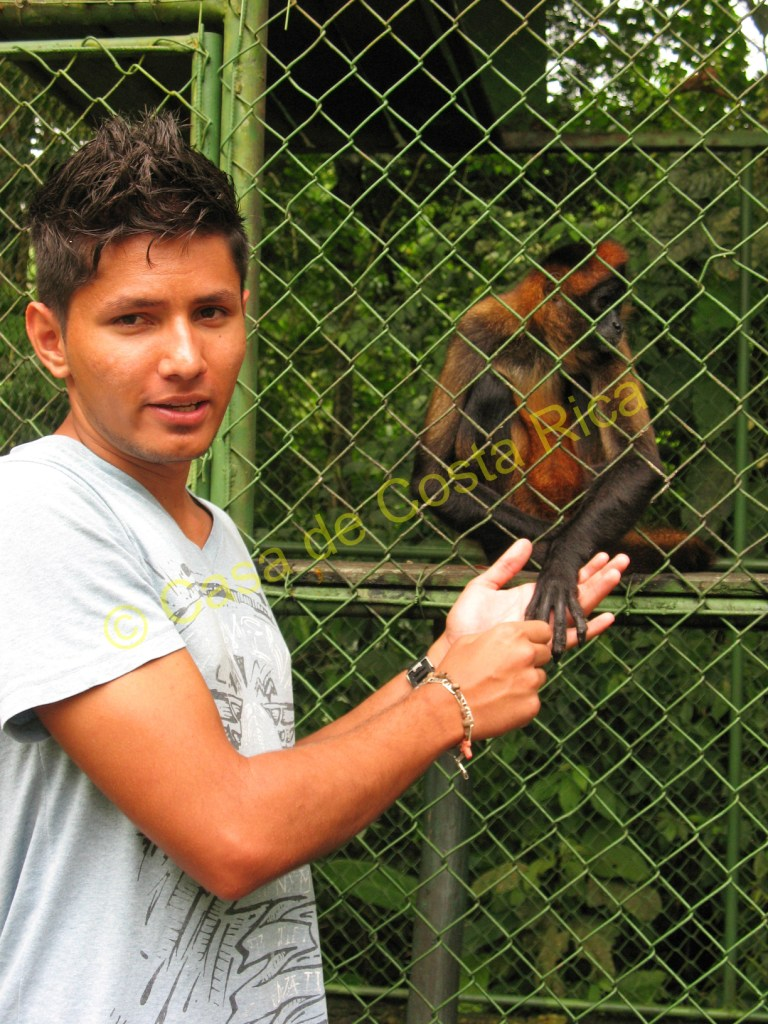 Jose is pointing out that Yessica, a spider monkey, has fingerprints just like us!