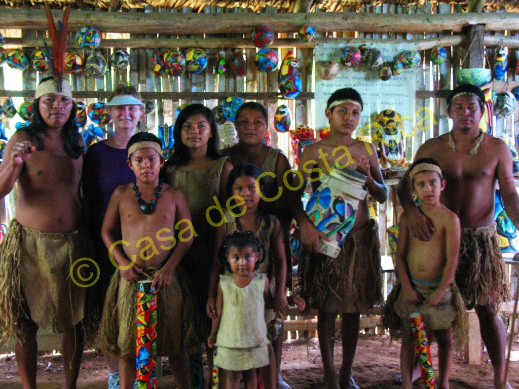 At the end of the presentation you can have your picture taken with the tribe.